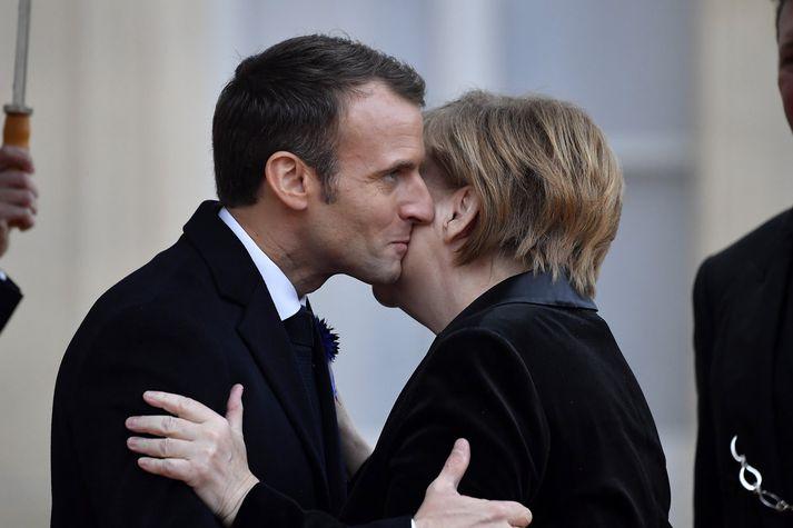 Merkel og Macron í París í nóvember síðastliðnum.