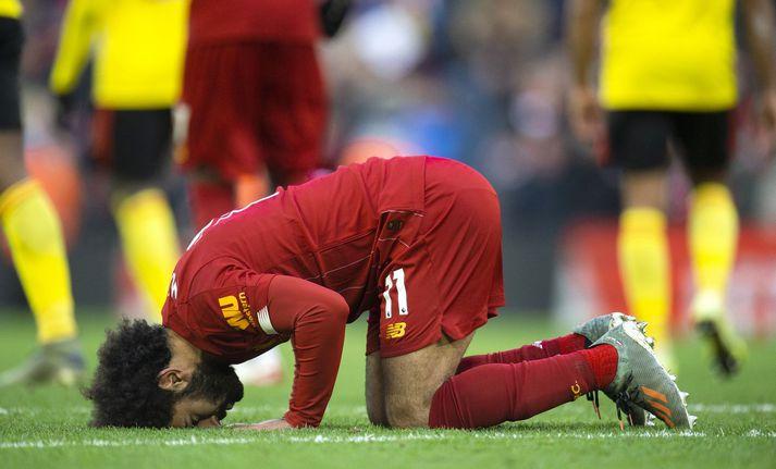 Mohamed Salah fagnar mörkum sínum með múslimabæn.