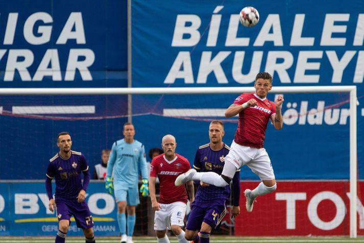 Valur átti ekki mikla möguleika gegn Maribor í forkeppni Meistaradeildar Evrópu.