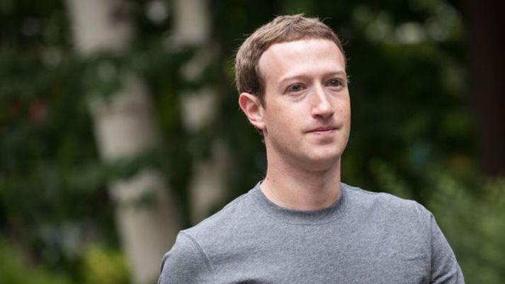 Mark Zuckerberg bregst við gagnrýni og boðar breytingar.