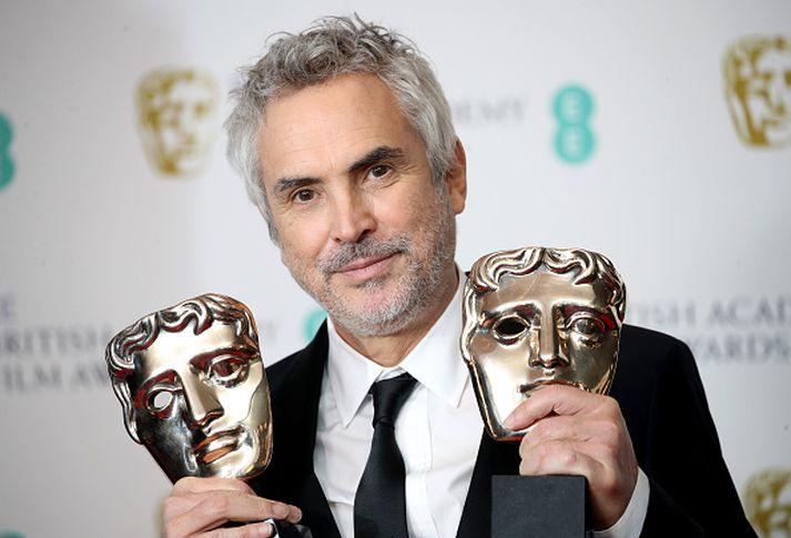 Kvikmyndagerðamaðurinn Alfonso Cuarón var valinn besti leikstjóri ársins.