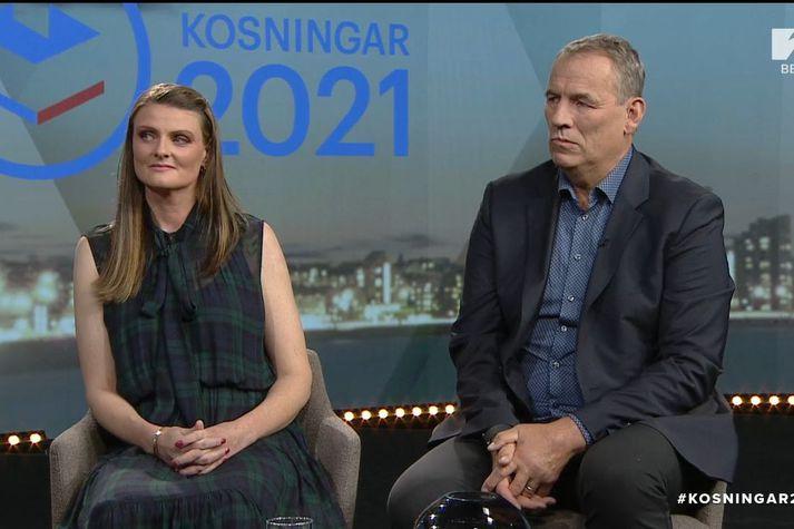 Sunna Birna Helgadóttir og Kristján Arason eru makar frambjóðenda. Þau segja að baráttan að þessu sinni hafi verið jákvæðari en oft áður.