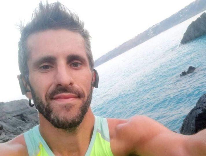 Simone Massetti féll 200 metra á hlaupum í ítölsku Ölpunum og lést.
