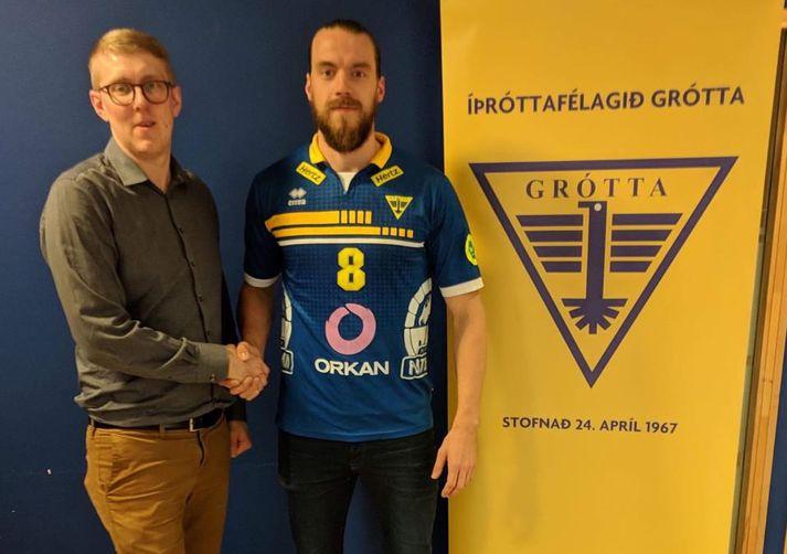 Jóhann Reynir Gunnlaugsson er mættur á Nesið.