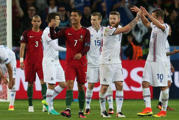 Cristiano Ronaldo í landsleik á móti Ísland, ekki reyndar á Laugardalsvelli heldur í Saint-Etienne á EM 2016.