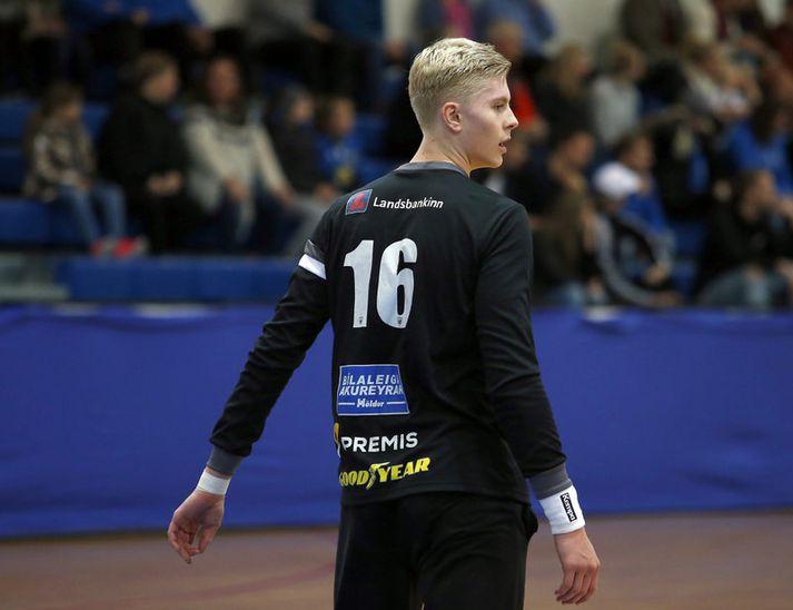 Viktor Gísli Hallgrímsson æfir í Magdeburg með einum þeim besta í sögunni.