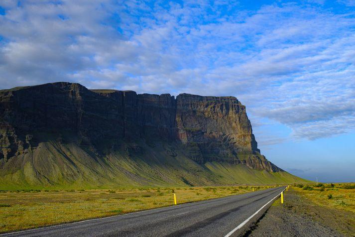 Það verður hlýjast á Suðurlandi í dag, eins og svo oft áður.
