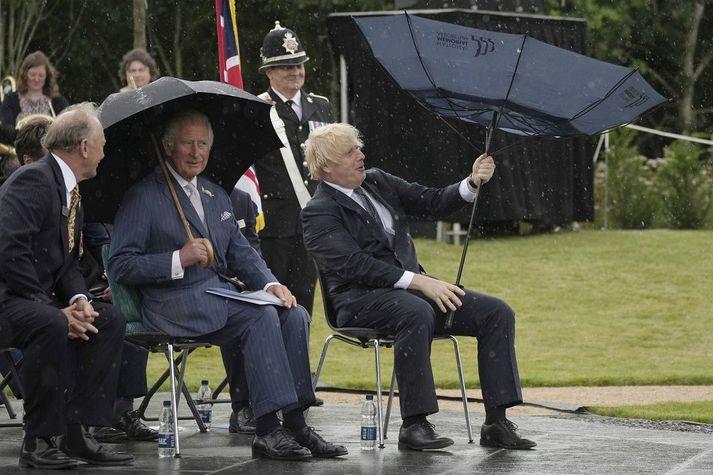 Boris Johnson og Karl Bretaprins í gær.