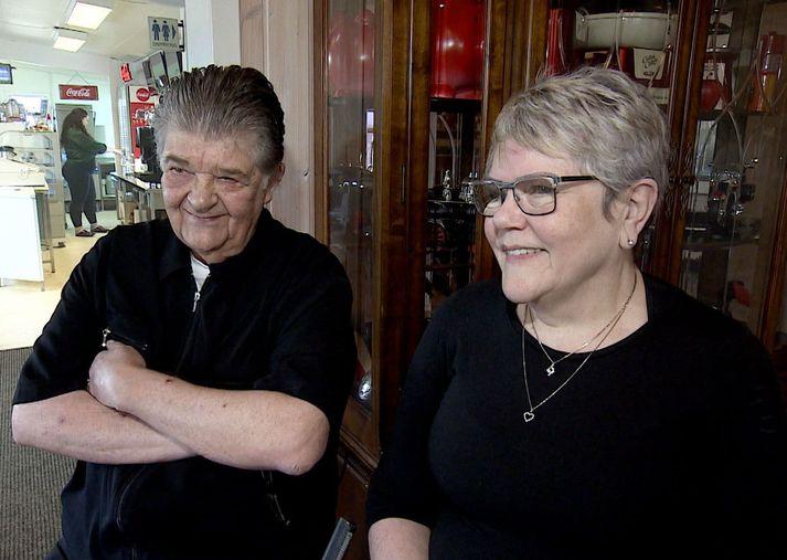 Hlöðver Sigurðsson og Kolfinna Guðmundsdóttir giftu sig árið 1976 og hafa verið í veitingarekstri saman í marga áratugi.