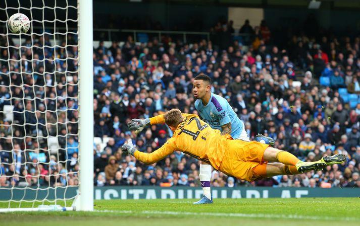 Jesus skoraði tvívegis gegn Fulham.