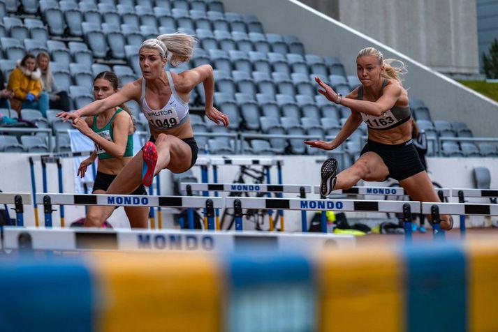 María Rún Gunnlaugsdóttir vann tvö gull fyrir FH, annað þeirra í grindahlaupi