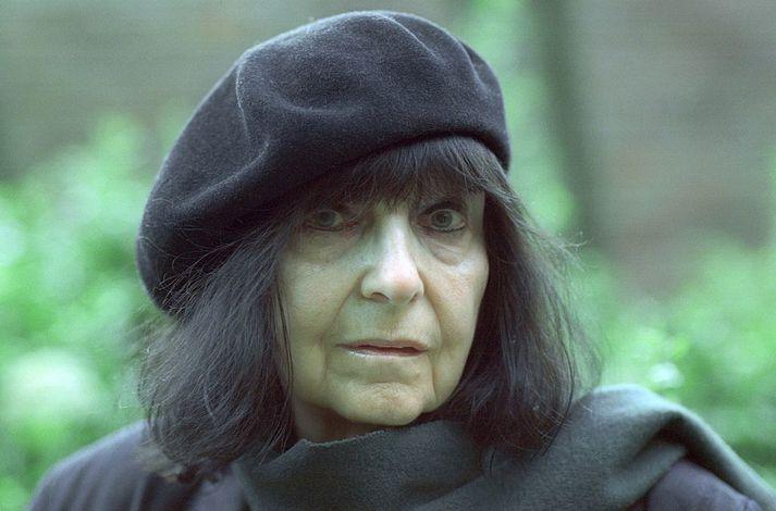 Friederike Mayröcker varð 96 ára gömul.