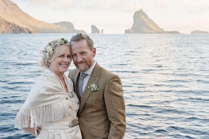 Christopher Lund og María Ellingsen á stóru stundinni.