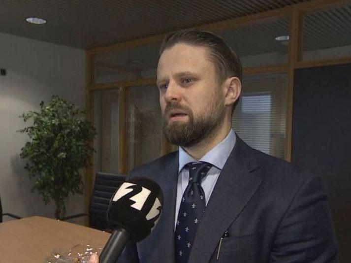 Sævar Þór Jónsson er lögmaður konunnar sem greindist með ólæknandi krabbamein í kjölfar mistakanna.