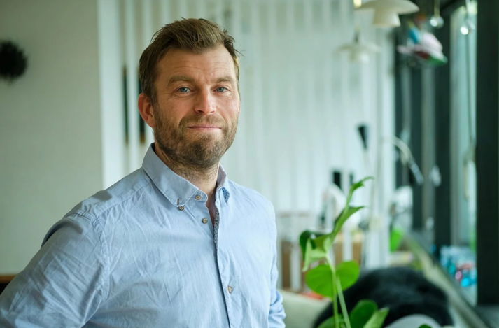 Valtýr Stefánsson Thors barnasmitsjúkdómalæknir.