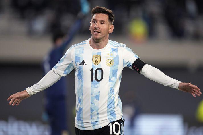 Lionel Messi í leik með Argentínu. Alls hefur hann spilað 155 landsleiki og skorað 80 mörk.