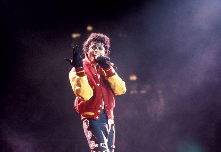 Michael Jackson hefur áður verið sakaður um kynferðisbrot gegn börnum.