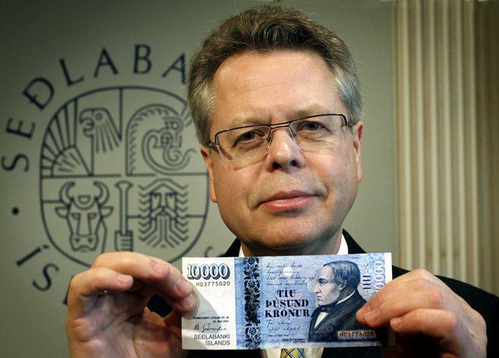 Már Guðmundsson seðlabankastjóri kynnti tíu þúsund króna seðilinn til sögunnar í október árið 2013.