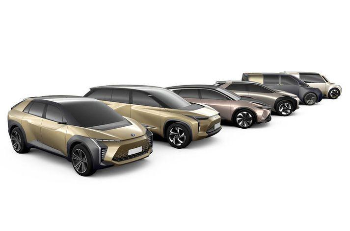 Hugmyndir Toyota um rafbíla í sínum flota.