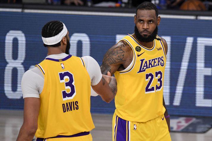 Anthony Davis og LeBron James drógu vagninn fyrir Los Angeles Lakers í nótt.