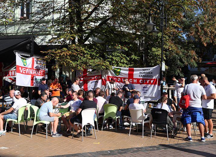 Stuðningsmenn Englands í Búlgaríu.