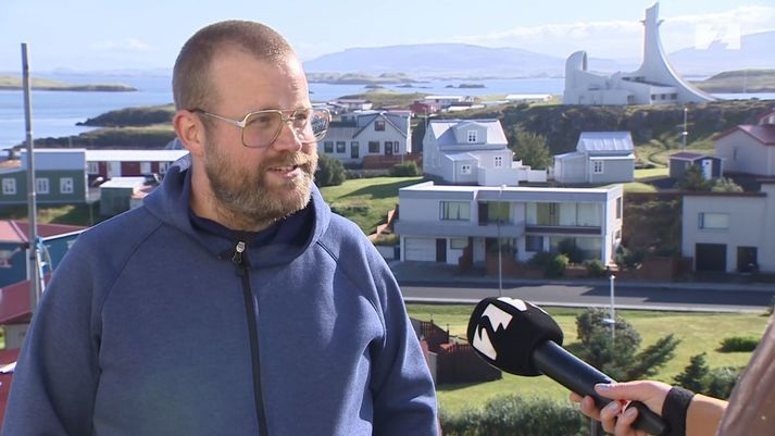 Kristjón Daðason er ánægður með lífið í Stykkishólmi.