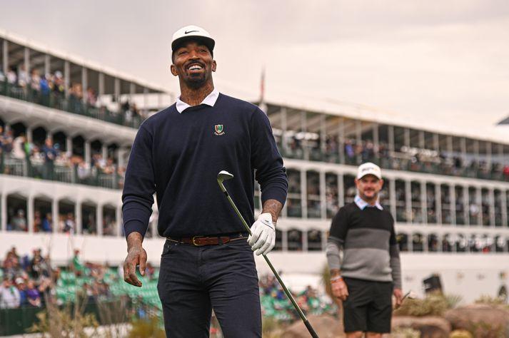 J. R. Smith er sestur á skólabekk ásamt því að spila golf með skólaliðinu.