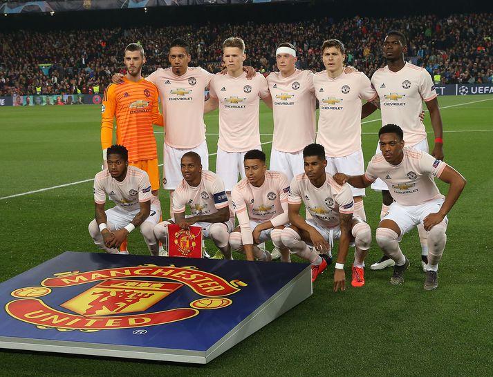 Leikmenn United fyrir útileik gegn Barcelona í vor.