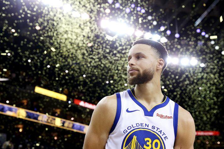 Curry einbeittur eftir leik í nótt.