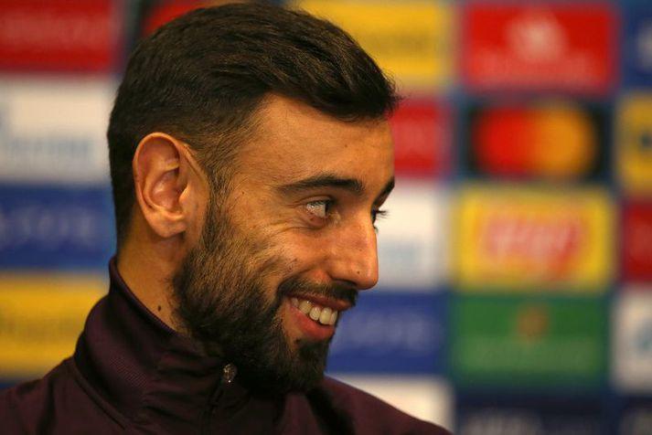 Bruno Fernandes var ánægður með að heyra fréttirnar að hann yrði fyrirliði Manchester United í kvöld.