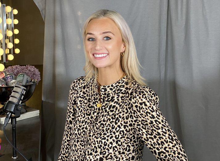 Júlíana Sara Gunnarsdóttir er þekkt fyrir þætti eins og Þær tvær og Venjulegt fólk.
