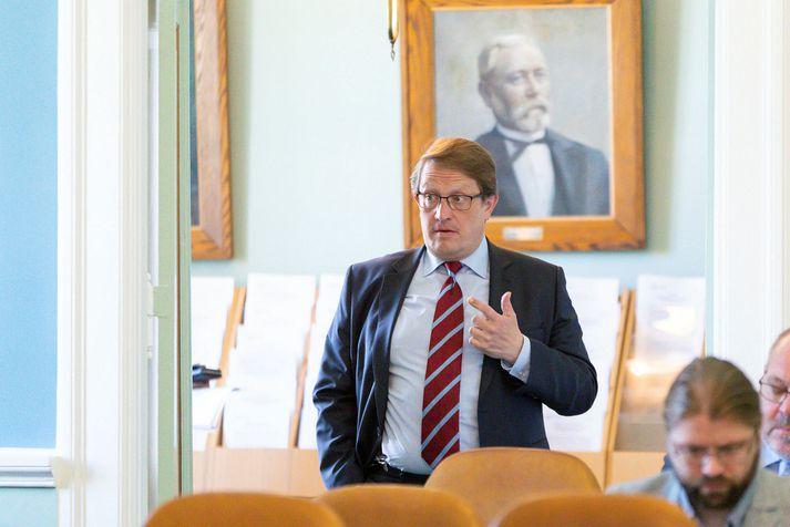 Nái Birgir Ármannsson kjöri til Alþingis í haust fagnar hann tuttugu ára þingsetu á næsta ári.