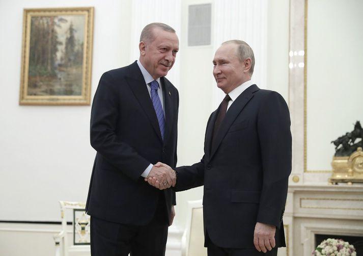 Recep Tayyip Erdogan og Vladimir Pútín í Moskvu.