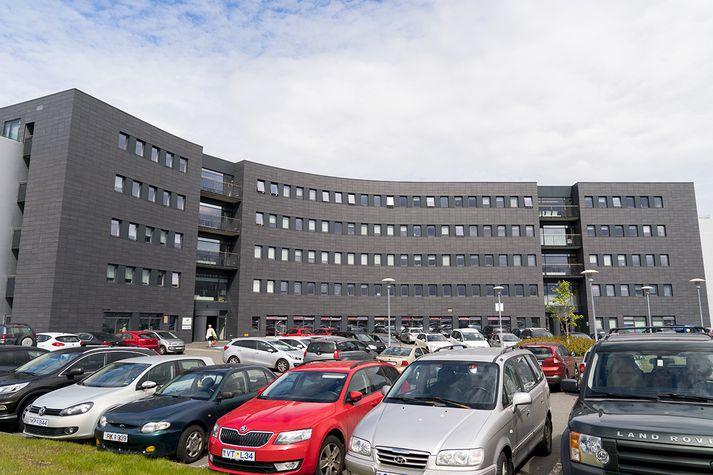 Medis er staðsett í Dalshrauni en Actavis við Reykjavíkurveg í Hafnarfirði.