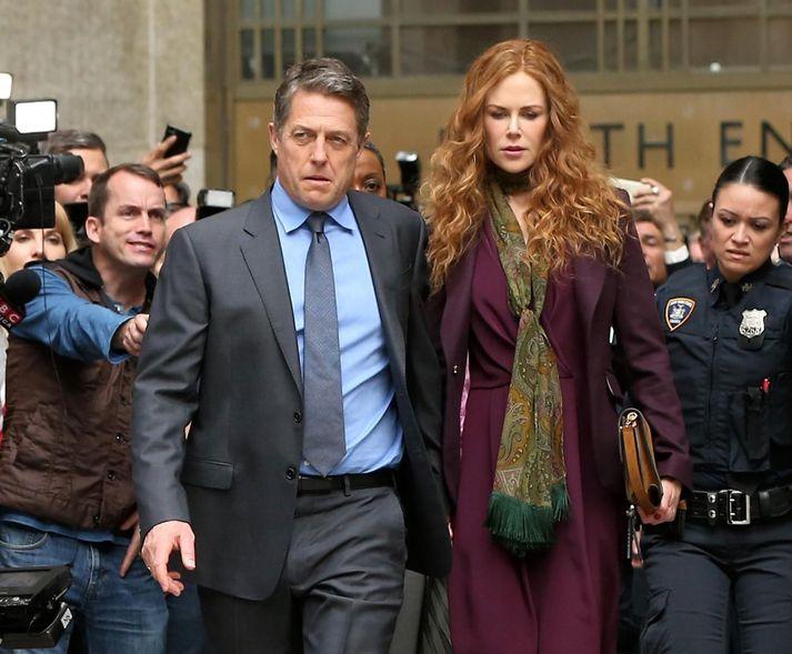 Hugh Grant og Nicole Kidman eru glæsileg í hlutverkum sínum að vanda.