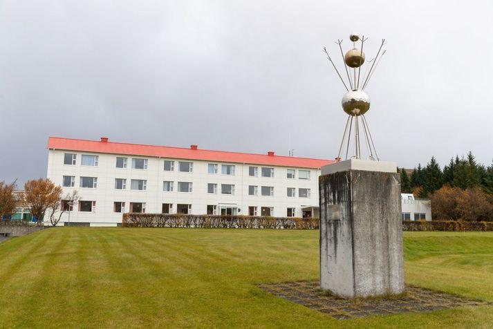 Fjallað var mikið um málefni Reykjalundar í haust og vetur, sem einkenndust af ólgu og ósætti milli starfsfólks stofnunarinnar og stjórnar SÍBS.
