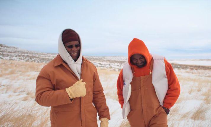 Ray West og Kanye saman á skjánum.