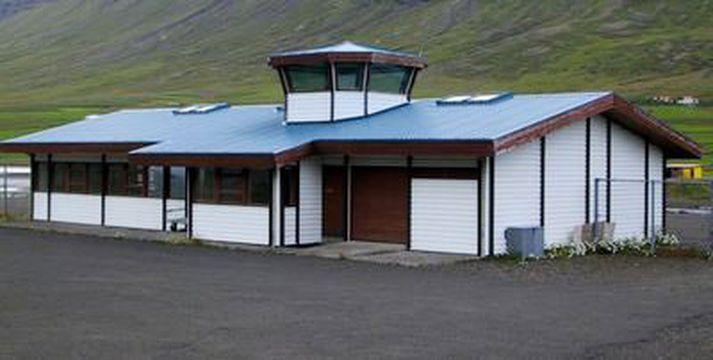 Dapurlegt segir bæjarstjórinn um sölu á flugstöðinni á Patreksfjarðarflugvelli.