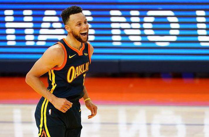 Curry fór á kostum í nótt.