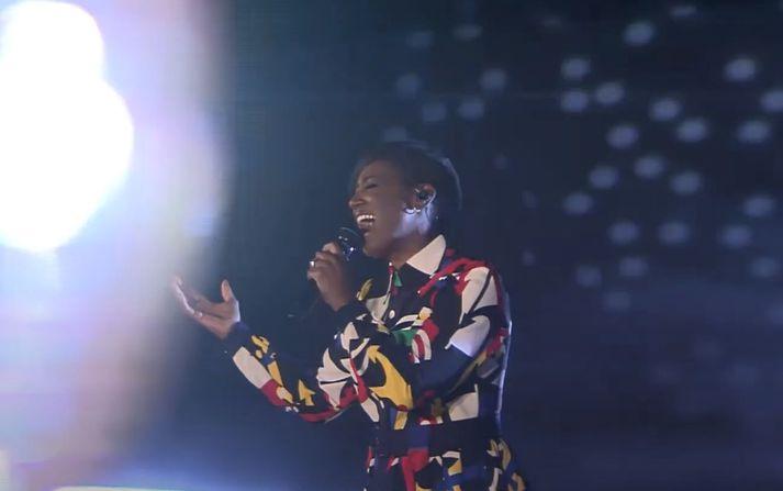 Edsilia Rombley tók þátt í Eurovision fyrir hönd Hollands árið 2007.