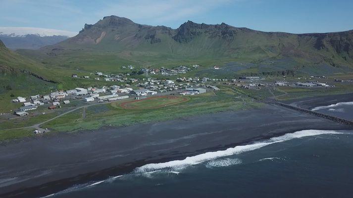 Séð yfir Vík í Mýrdal í Mýrdalshreppi.