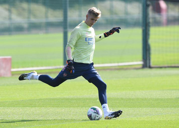Rúnar Alex Rúnarsson á æfingu með Arsenal.