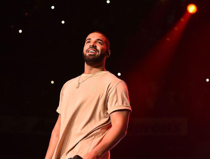Drake hefur látið bíða eftir sér. Hvort biðin hafi verið þess virði verða hlustendur Certified Lover Boy að dæma um sjálfir.