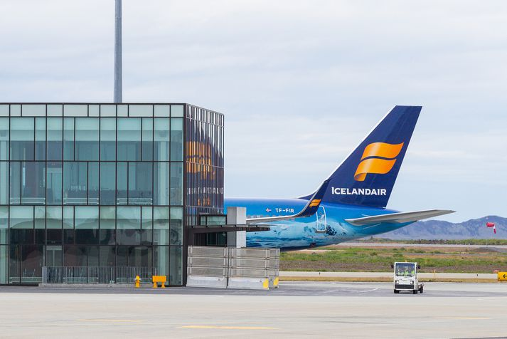 Icelandair hefur ekki gert breytingar á þeim áætlunum sínum að hefja beint flug til Mílanó í maí.