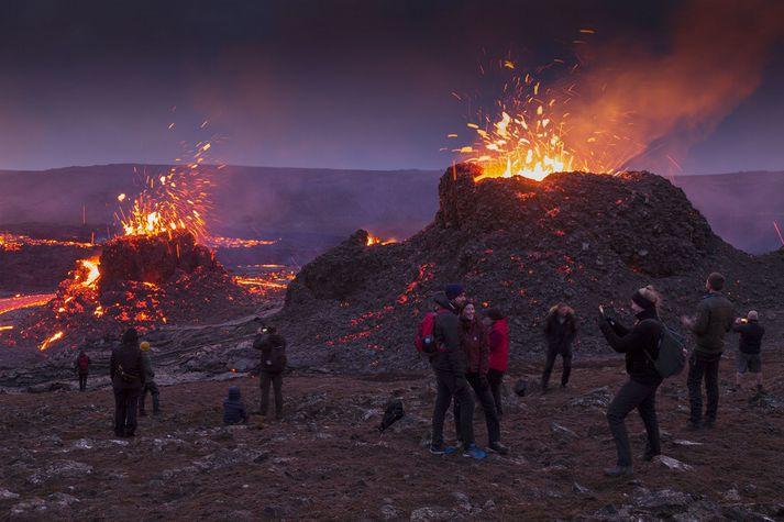 Eldgosið í Geldingadölum er vinsæll áfangastaður göngufólks.