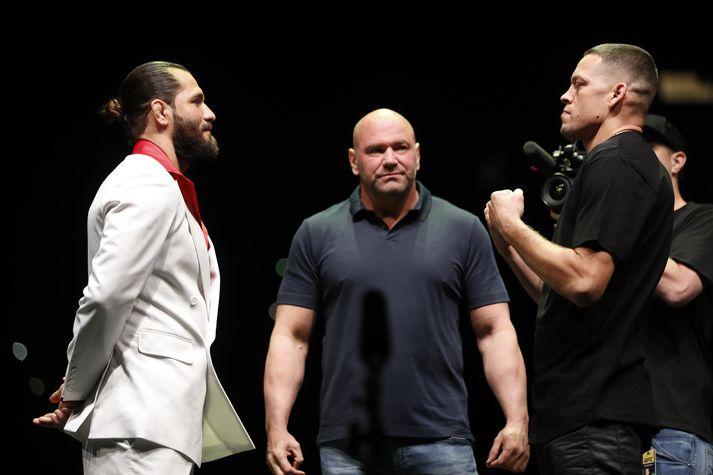 Masvidal og Diaz ásamt Dana White, forseta UFC.