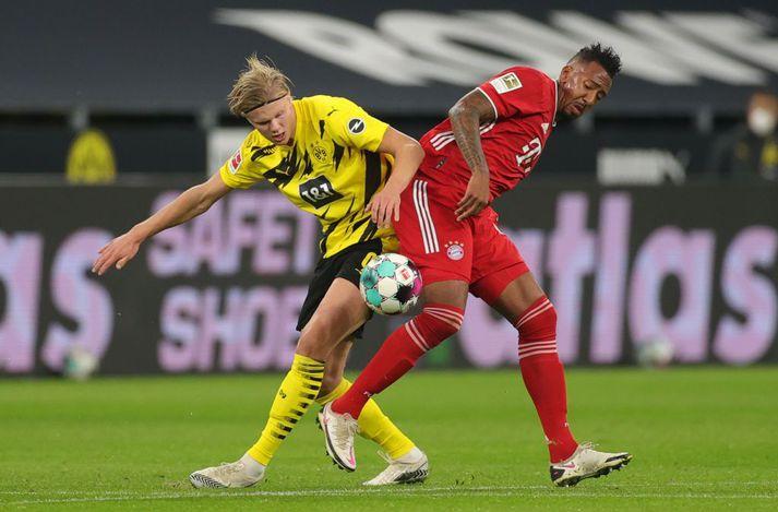 Jerome Boateng í baráttu við Erling Braut Haaland í stórleik Bayern og Dortmund um síðustu helgi, sem Bayern vann 3-2.
