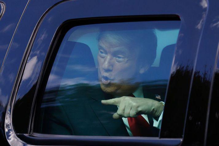 Donald Trump sést hér yfirgefa Hvíta húsið þann 20. janúar síðastliðinn. Hann fór til Flórída og var ekki viðstaddur embættistöku Joes Biden.