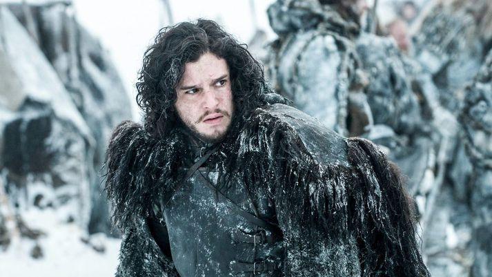 Ekki er víst að Jon Snow yrði ánægður með Amazon vegna lekans. Forsvarsmenn fyrirtækisins þurfa þó ekki að hafa mikla áhyggjur af honum, þar sem hann er ekki til í alvöru.