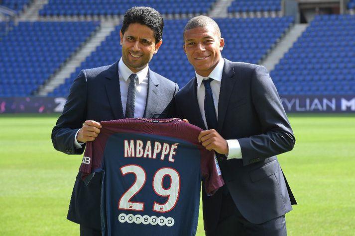 Al-Khelaifi ásamt Mbappé er hann kom til PSG á dögunum.